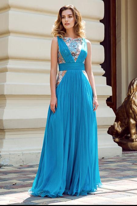 Un nou eveniment? Stii ce rochie sa alegi?